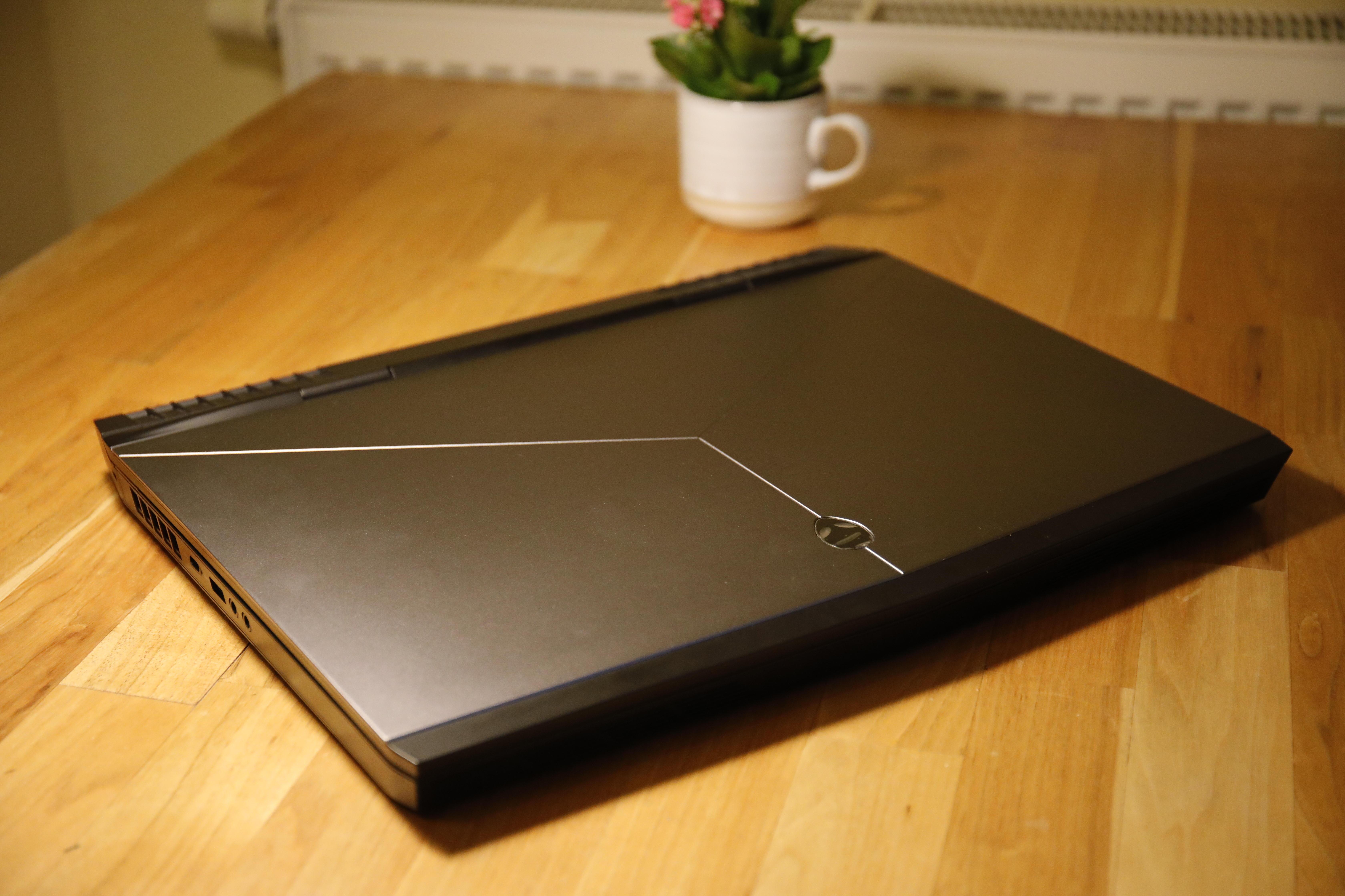 Biete - erledigt] Alienware 17 R4, GTX 1070, I7 6820HK, 100Hz LG IPS